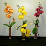 Orchidée artificielle en vase