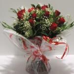 Bouquet rond de roses rouges